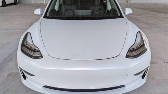 2018 Tesla Model 3 5YJ3E1EB7JF084478