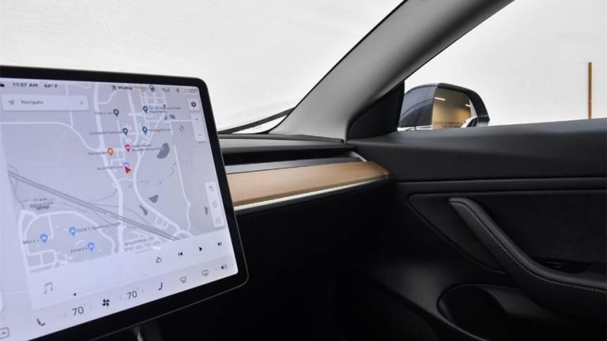 2019 Tesla Model 3 5YJ3E1EB7KF418526