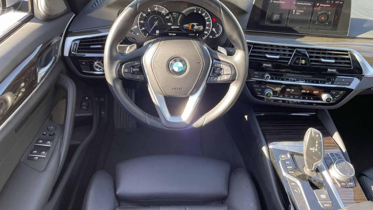 2018 BMW 5 Series WBAJA9C59JB250689