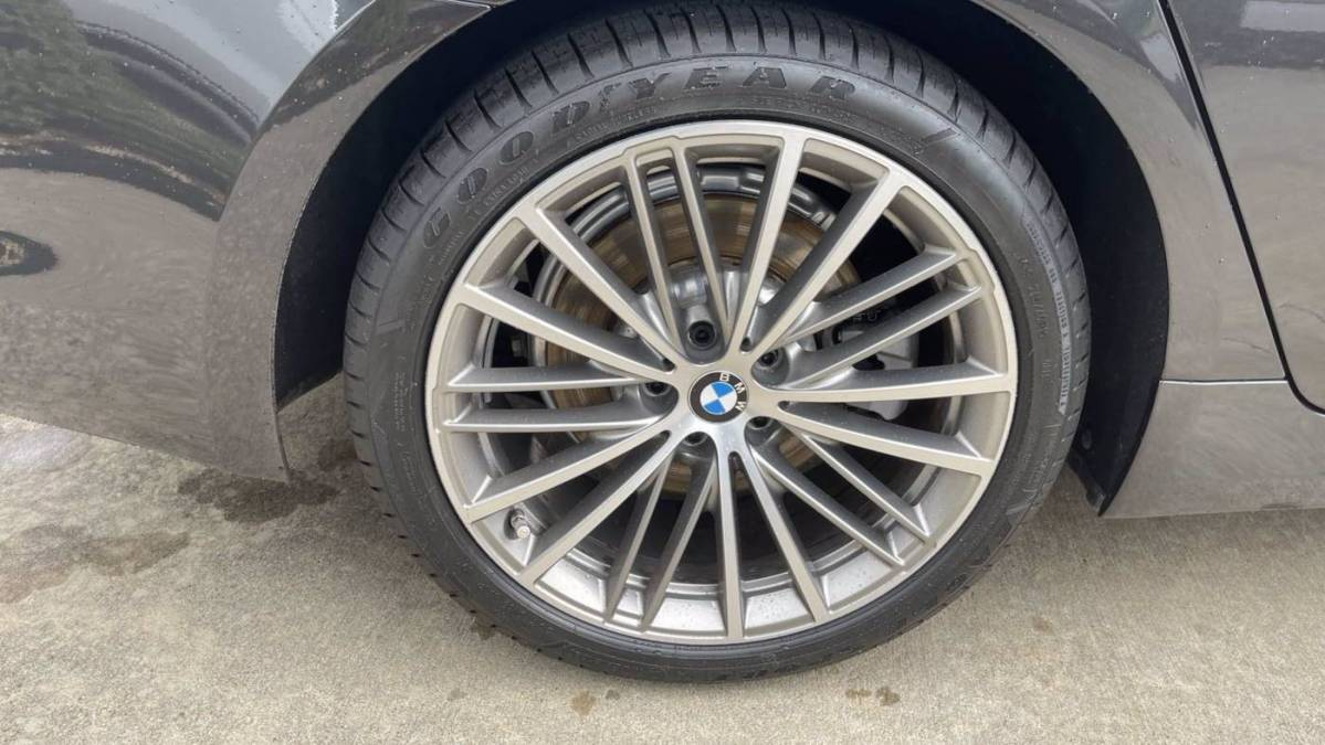 2018 BMW 5 Series WBAJA9C53JB250395