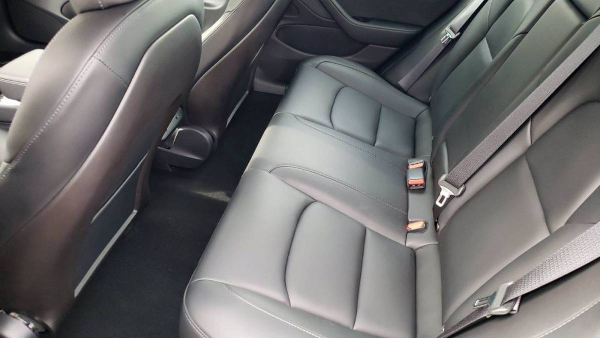 2019 Tesla Model 3 5YJ3E1EB0KF384591