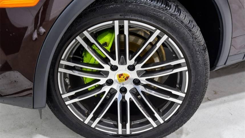 2016 Porsche Cayenne WP1AE2A24GLA64860