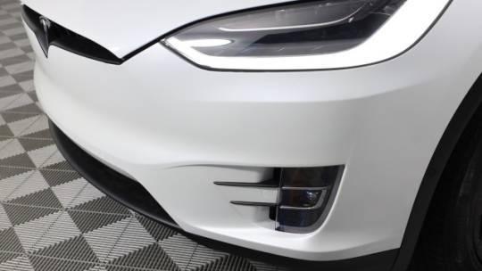 2021 Tesla Model X 5YJXCBE44MF316036