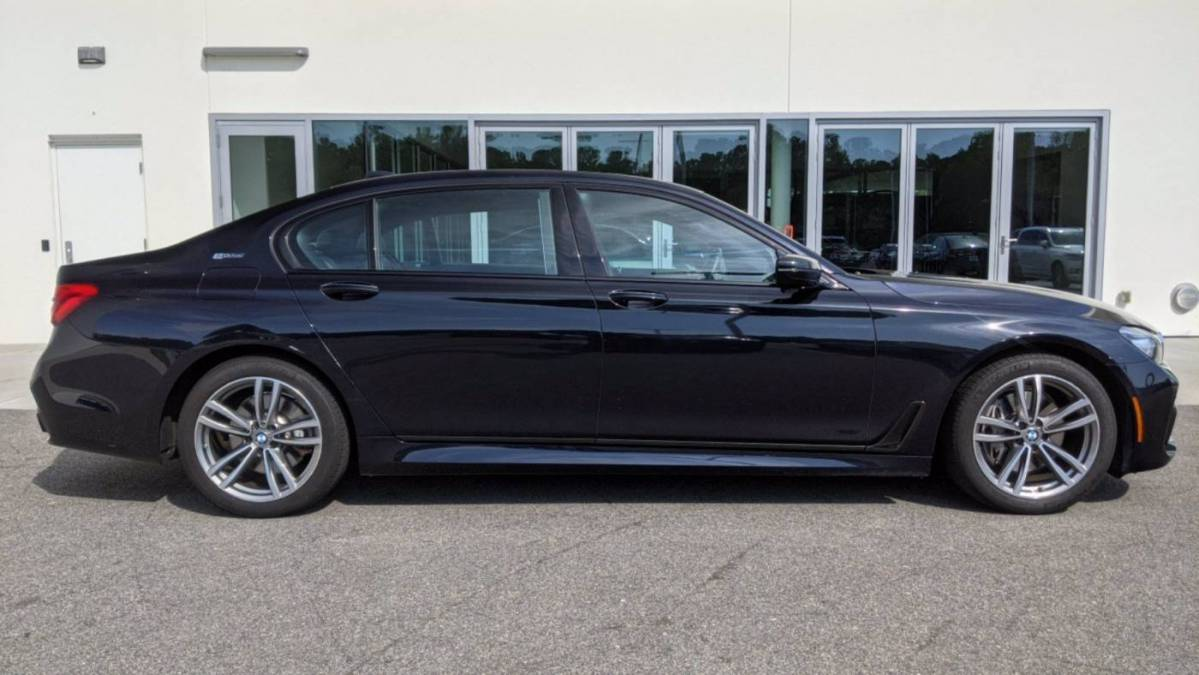 2019 BMW 7 Series WBA7J2C54KB246388