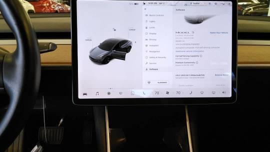 2018 Tesla Model 3 5YJ3E1EB8JF066183