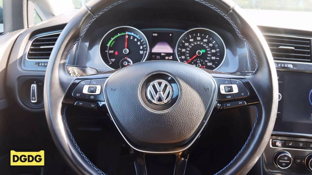 2019 Volkswagen e-Golf WVWKR7AUXKW919304