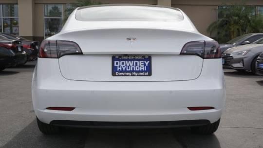 2018 Tesla Model 3 5YJ3E1EA1JF047871