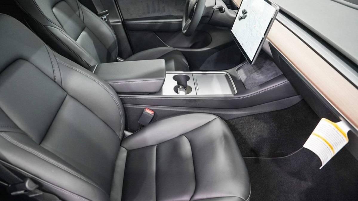 2021 Tesla Model Y 5YJYGDEE6MF260355