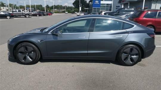 2018 Tesla Model 3 5YJ3E1EA9JF026699