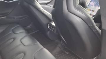 2016 Tesla Model S 5YJSA1E24GF133068