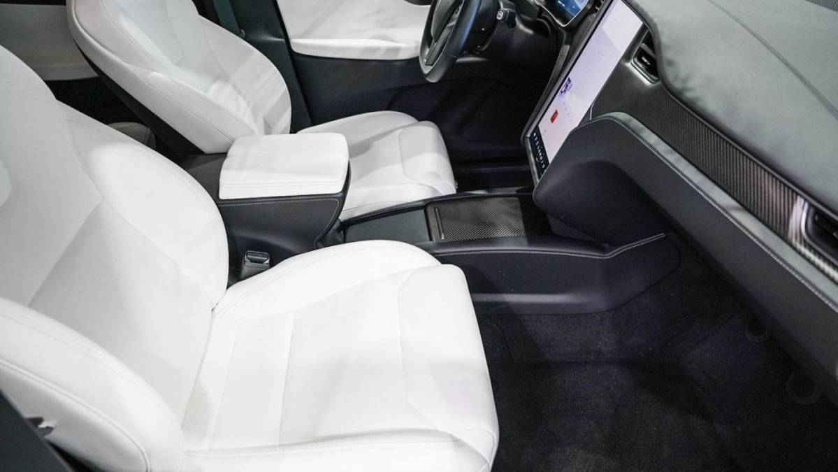 2019 Tesla Model X 5YJXCDE40KF213608