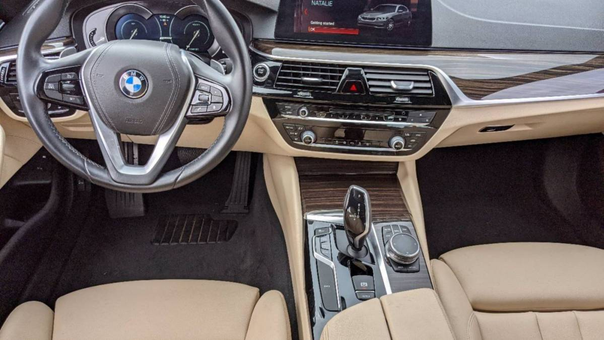 2018 BMW 5 Series WBAJA9C5XJB252015
