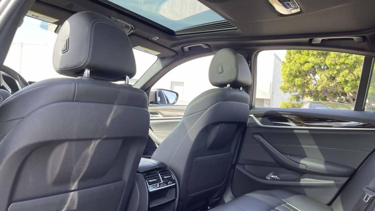 2019 BMW 5 Series WBAJA9C52KB399477