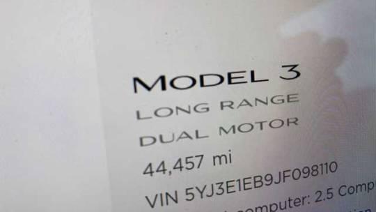 2018 Tesla Model 3 5YJ3E1EB9JF098110