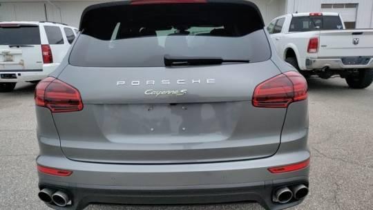 2016 Porsche Cayenne WP1AE2A26GLA17118