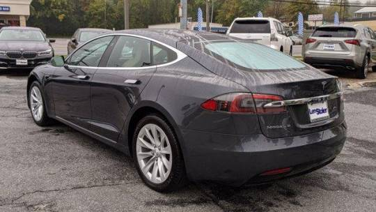 2017 Tesla Model S 5YJSA1E22HF184103