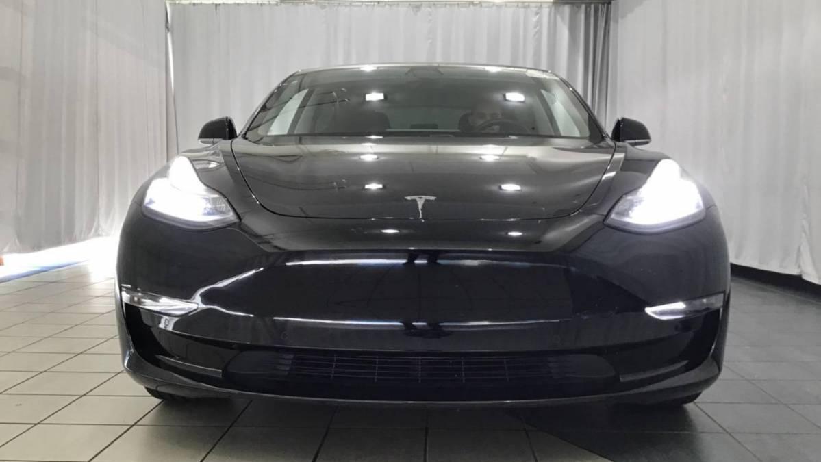 2019 Tesla Model 3 5YJ3E1EA2KF304442