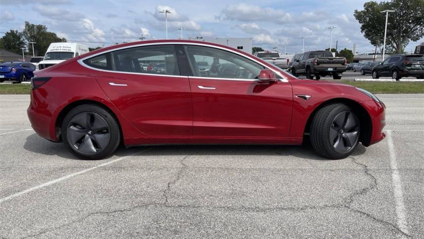 2018 Tesla Model 3 5YJ3E1EA8JF031635