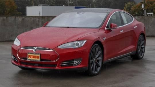 2016 Tesla Model S 5YJSA1E40GF128192