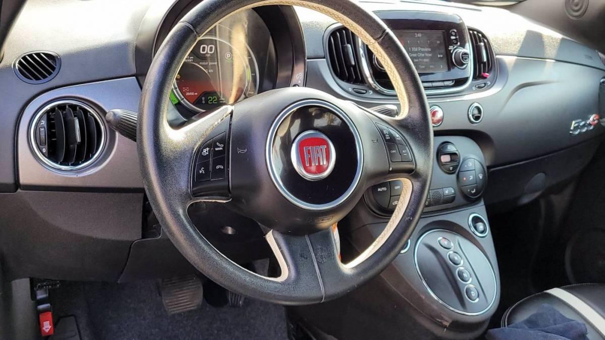 2018 Fiat 500e 3C3CFFGE1JT466738