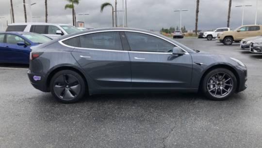 2019 Tesla Model 3 5YJ3E1EA2KF193567