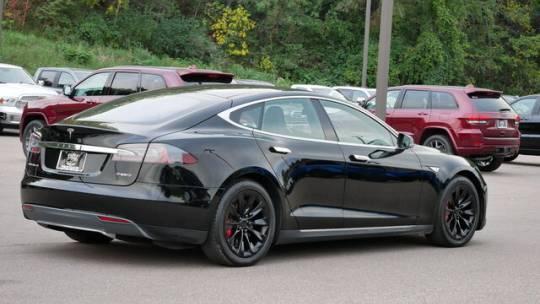 2015 Tesla Model S 5YJSA1H4XFF085135