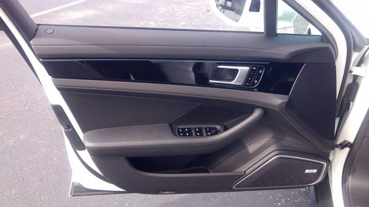 2020 Porsche Panamera WP0AE2A7XLL131422