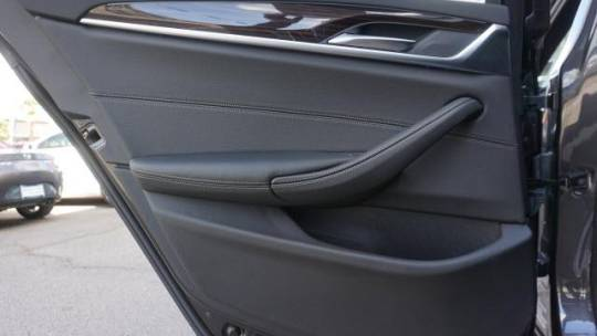 2018 BMW 5 Series WBAJA9C57JB253543