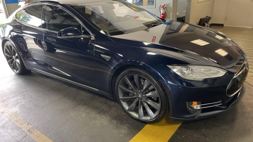2013 Tesla Model S 5YJSA1DP0DFP23714
