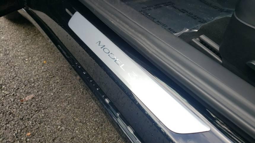 2018 Tesla Model 3 5YJ3E1EA0JF151929