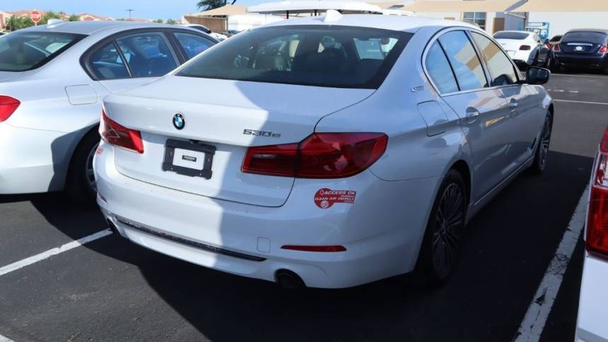 2018 BMW 5 Series WBAJA9C5XJB252659
