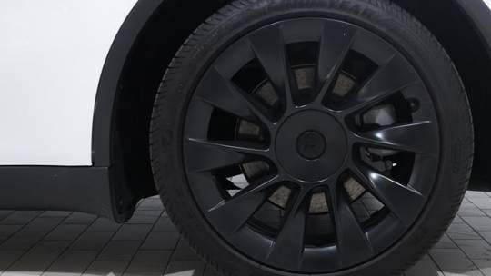 2020 Tesla Model Y 5YJYGDEE9LF004385