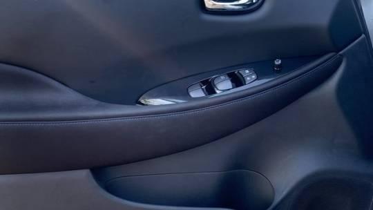 2021 Nissan LEAF 1N4AZ1CV8MC552007