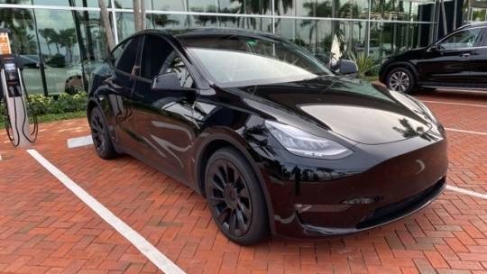 2021 Tesla Model Y 5YJYGDEE4MF129537
