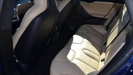 2015 Tesla Model S 5YJSA1E42FF113837